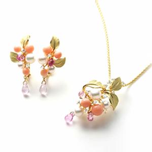一宮市の宝石のキラキラキラinokoは宝石修理、ジュエリーリフォーム、オーダーメイドなどお客様のお困りごとなどお気軽にご相談下さい。